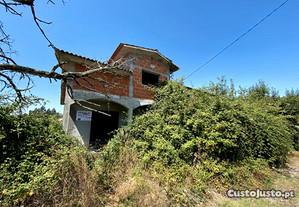 Moradia T3 em Construção - Ribolhos - Castro Daire
