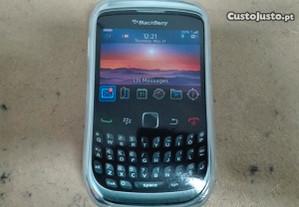 Capa em Silicone Gel Blackberry Curve Transparente
