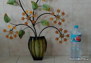Peça decorativa grande, ferro, verde, p/pendurar