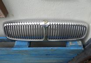grelha Daimler Jaguar