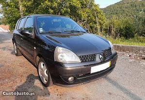 Renault Clio 1 Dono - 04