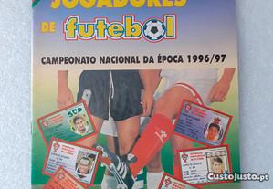 Caderneta de cromos de futebol Cartões Jogadores