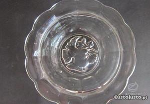 taça antiga em vidro