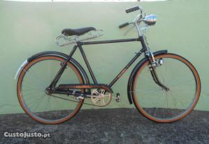Bicicleta Pasteleira restaurada