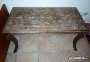 Mesa vintage madeira de África