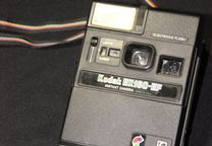 Máquina Fotográfica Kodak EK160-EF