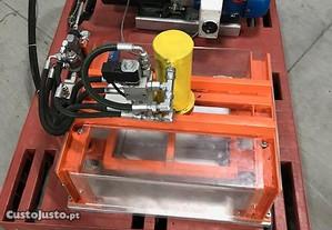 Maquina de corte de formas para Vacuo.