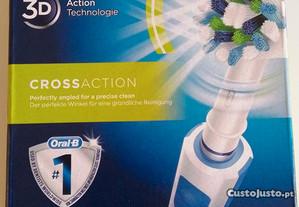 Escova Oral-B Pro 600