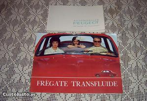 2 catálogos automóveis Renault e Peugeot antigos