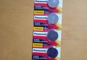 Pilhas Panasonic Novas CR2025