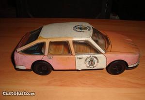 carro de chapa antigo