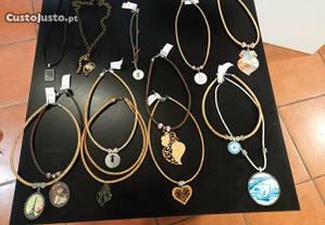 Lote colares cortiça,outros materiais artesanais