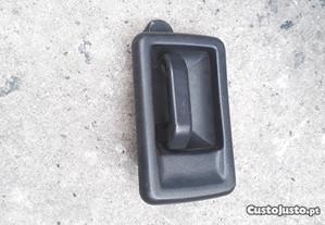 Puxador de Porta Fr,esq - Peugeot 106