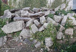 Pedra antiga para construir casa