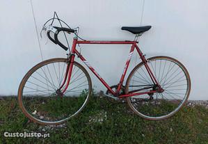 Bicicleta Juventus estrada
