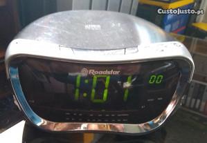 Rádio despertador Roadstar com leitor de CD
