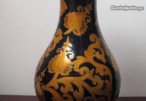 Jarra em Ceramica