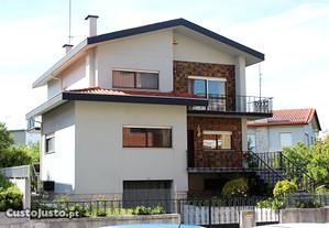 Moradia T6 396,00 m2