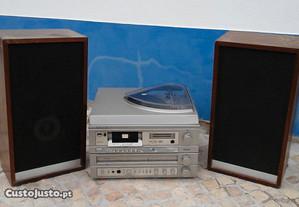 Radio giradiscos grundig