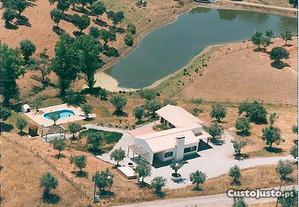 Casa férias (Monte) no Alentejo com piscina
