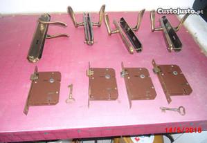Conjunto de 4 fechaduras+manipulos