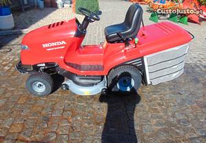 Trator Corta Relva Honda 2417