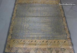 Carpete Tons Beje e Azul