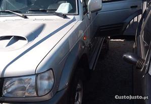 Hyundai Galloper 7 lugares - 99