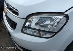 Ótica esquerda Chevrolet Orlando