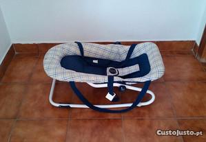 Esperguiçadeira p/embalar bébé