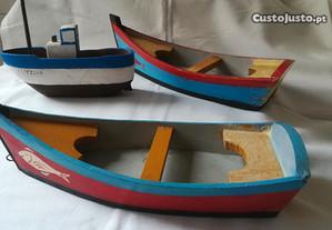 Barcos típicos em madeira