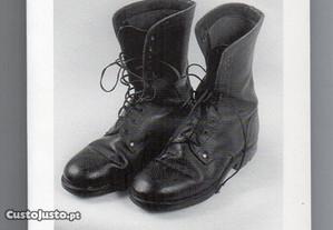 Italian shoes (Fernando Guerreiro)