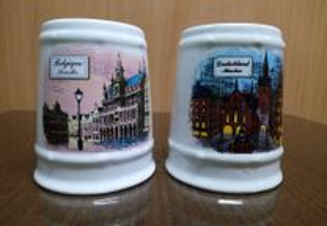 Conjunto de duas canecas em cerâmica, para coleção
