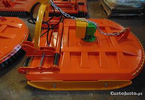 Capinadeira 1.60mts EXTRA-FORTE com Deslocamento L