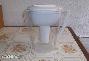 Jarro filtrande e purificador de agua Britta