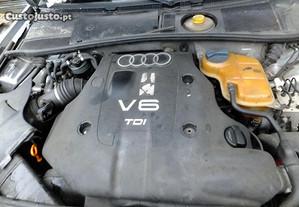 Motor Audi 2.5 tdi 2003