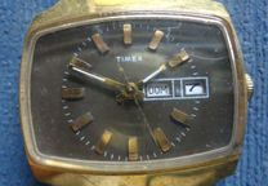 relógio de pulso a corda a trabalhar TIMEX