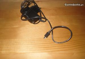 Carregador Vodafone modelo fa-0540300st