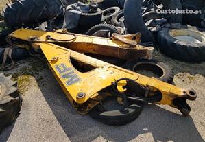 Retroescavadora - Fermec 860 lanças traseiras