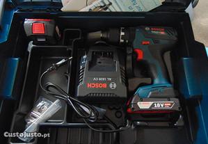 Aparafusadora a Bateria Bosch GSB 18V-28 com 2 Bat