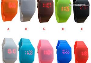 Fantásticos Relógios LED, Novos, Super Modernos