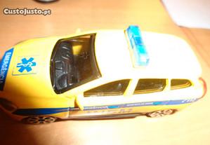 Ambulância Inem Volvo Miniatura 1/63 Oferta Envio