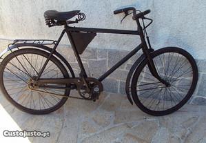 Bicicleta Militar Suíça