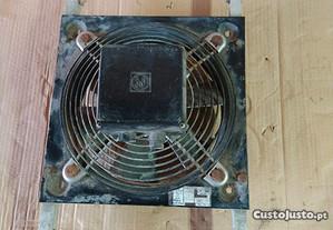 Grelha de ventilação 31,5 por 31,5 cm
