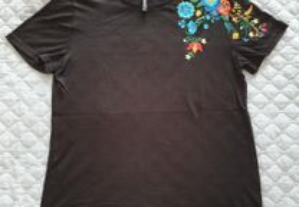 T- Shirt Stradivaius