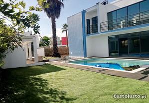 Moradia T3 240,00 m2