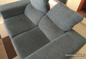 Sofá de 2 lugares com assentos com chaise long