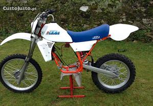Ktm 250 (1983)