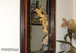 Espelho lapidado - moldura em madeira
