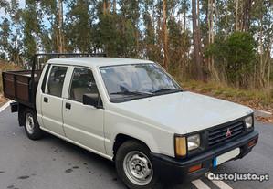 Mitsubishi L200 4 Portas